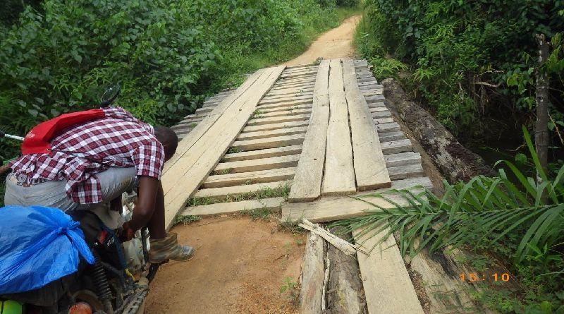 リベリア、橋